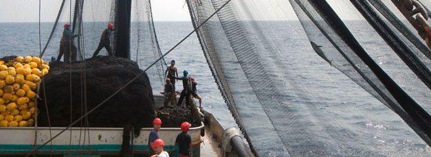 La asociación empresarial Cepesca sigue despreciando la necesaria regulación laboral del sector pesquero español